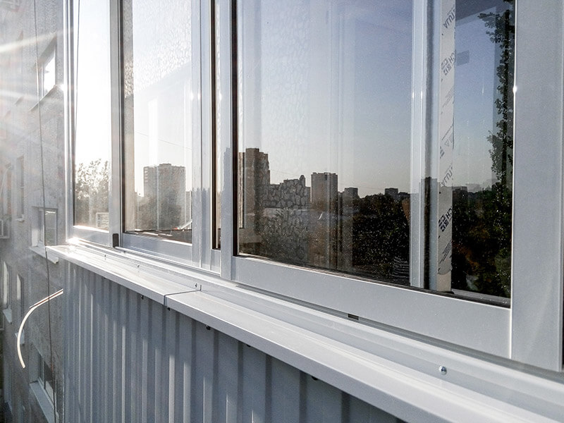 Холодное остекление балконов алюминием