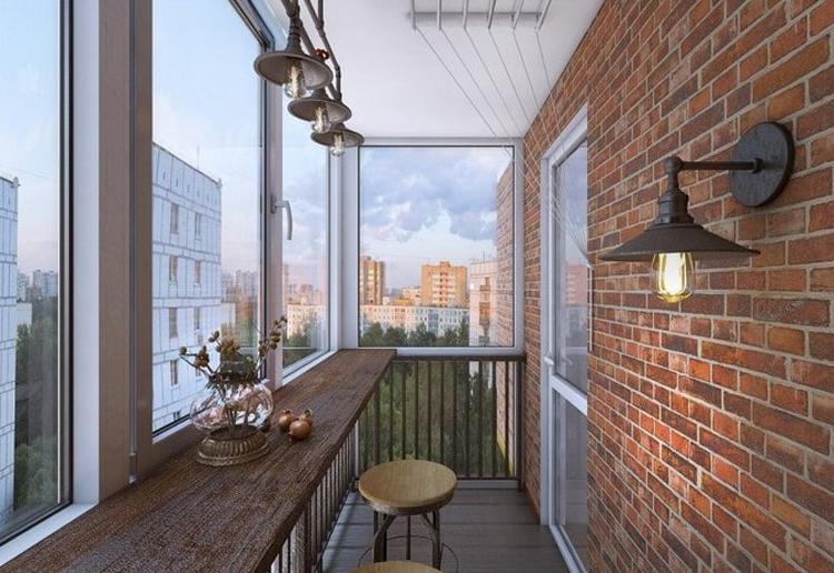 «Теплое» и «холодное» остекление маленького балкона