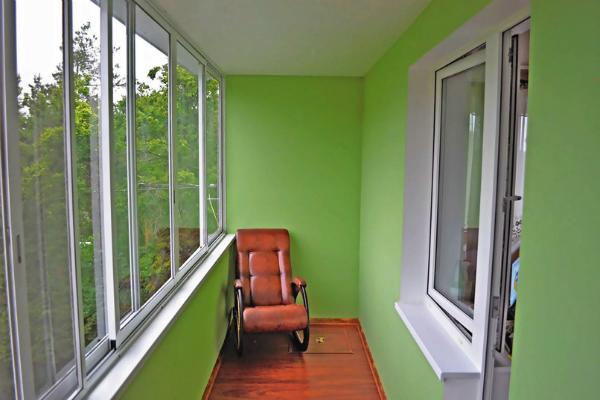 Косметический ремонт балкона «под ключ».