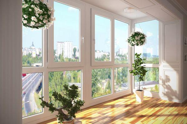 Панорамные пластиковые окна на балкон