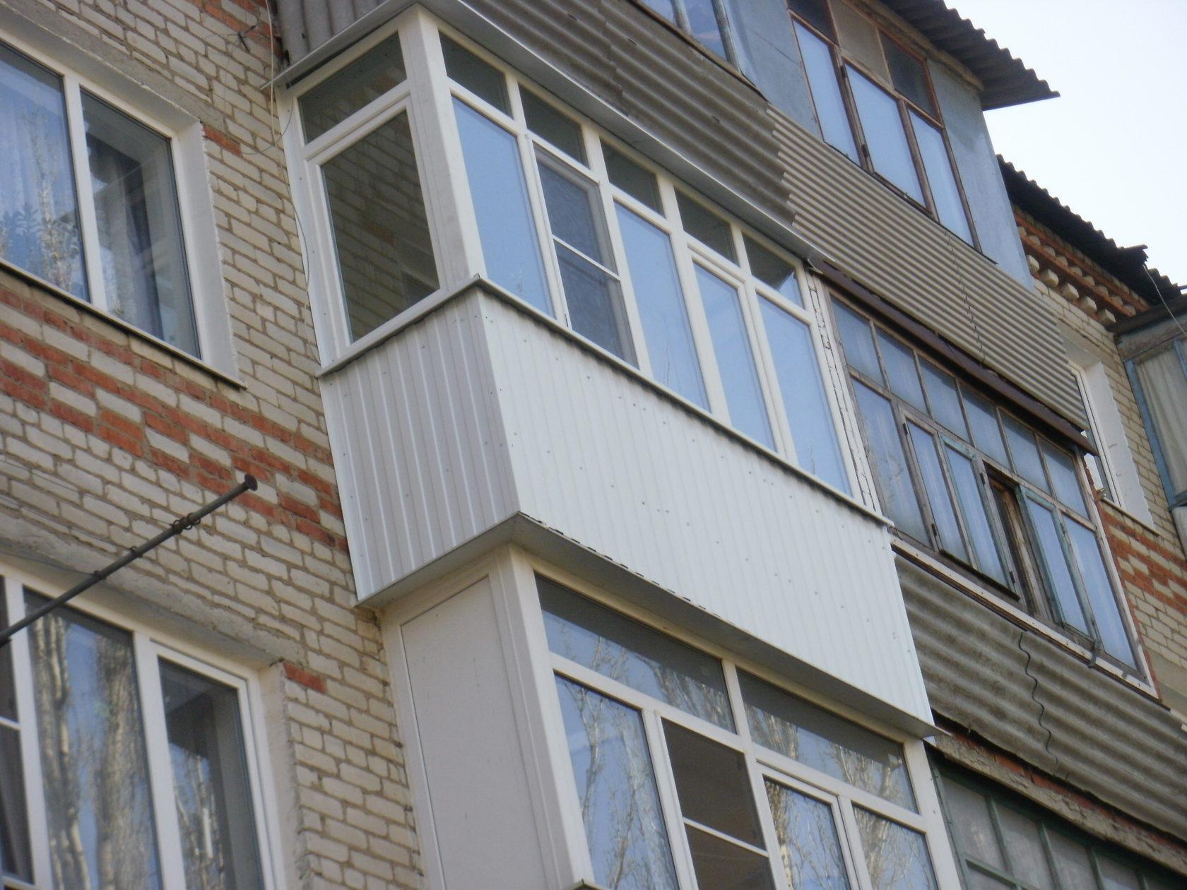 Остекление балкона 5м